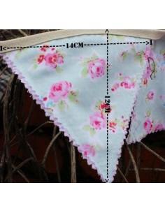 Banderines de tela reversibles flores turquesa y cuadros rosa