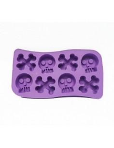 Molde para hielo o bombones de calaveras y huesos