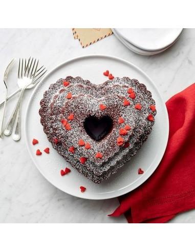 Molde Bundt Tiered Heart Nordic Ware