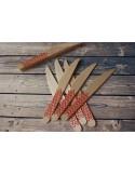 Cuchillos madera chevron rojo