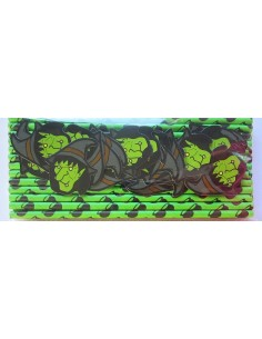 Pack de 25 pajitas de papel verde con toppers de bruja