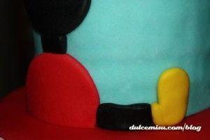 Tarta-Mickey-Mouse-de-fondant-(9)