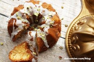 mini-bundt-cake-chocolate-blanco-y-pistachos-15-copia