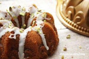 mini-bundt-cake-chocolate-blanco-y-pistachos-7-copia