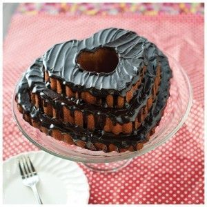 bundt-tiered-heart (1)